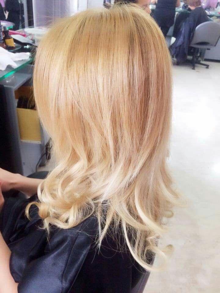 Blond hair wella extension biondo caldo blondhair wellacolor kolestonperfect luminer