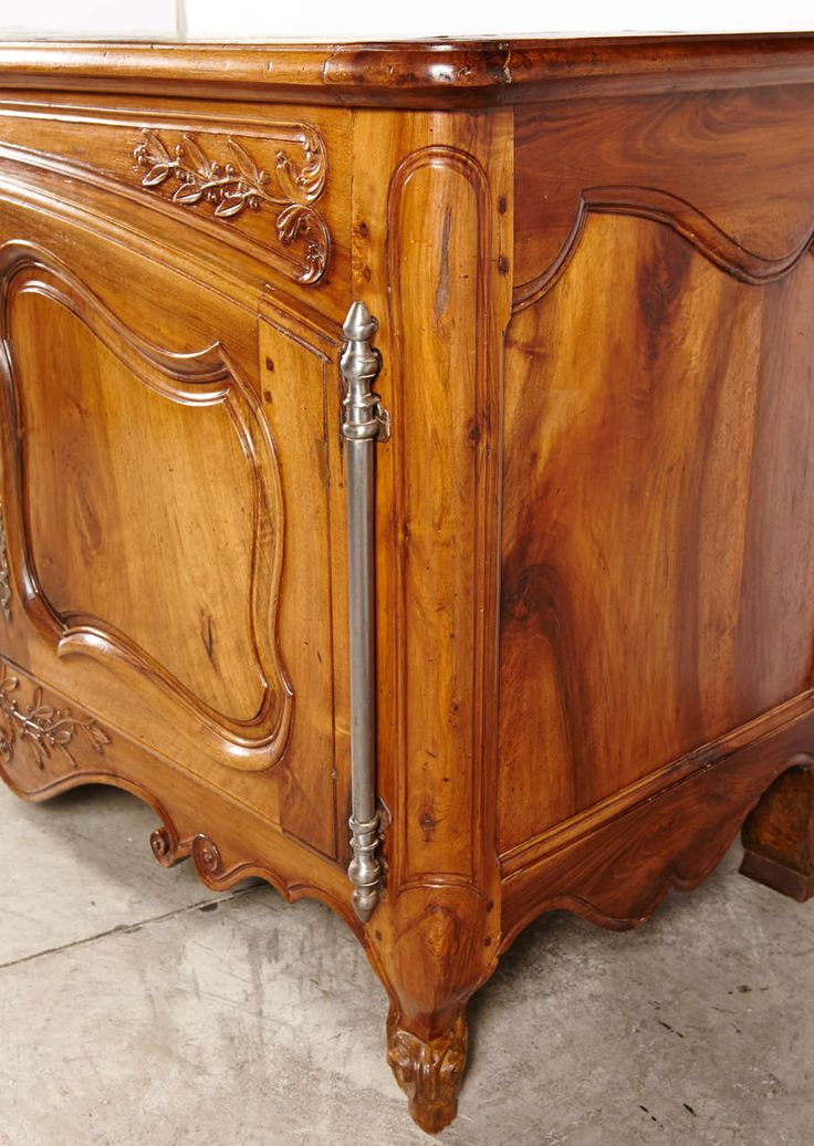 Louis XV. furniture