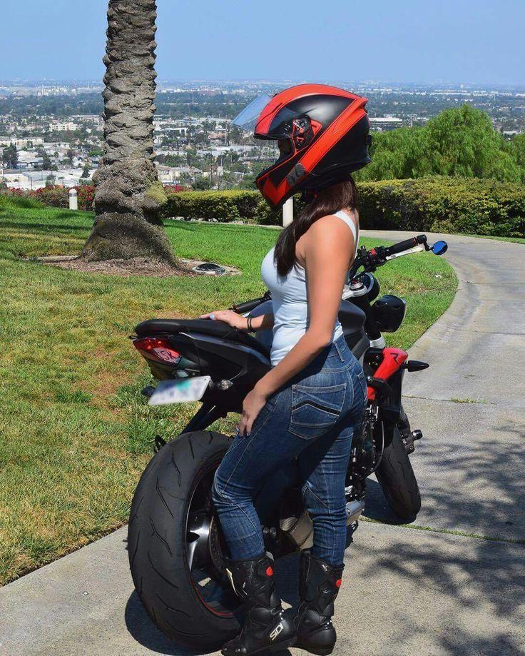 1000 images about sportbike girls on pinterest biker for Garage bmw offenburg