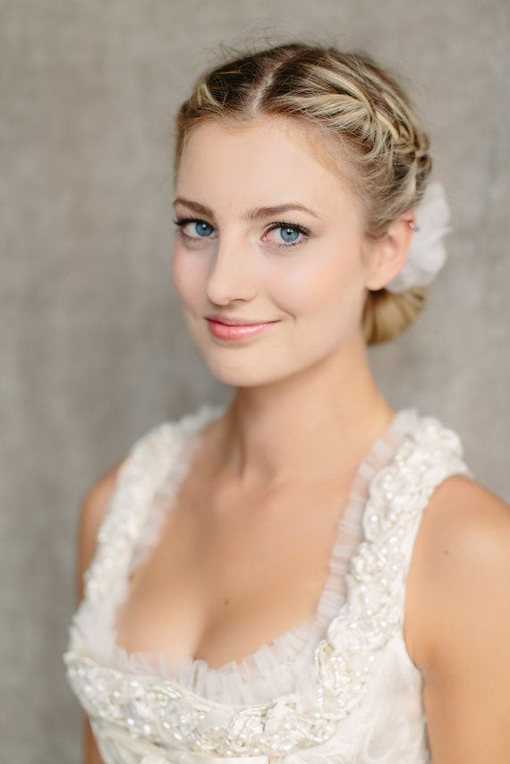 Outstanding 1000 Images About Wedding Hair On Pinterest Wavy Wedding Hair Hairstyle Inspiration Daily Dogsangcom