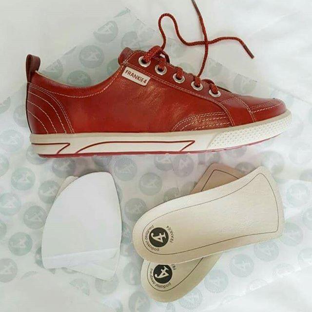 ELLiE Sneaker in Rouge @FRANKiE4 Footwear #savingsoles #kicks #archsupport