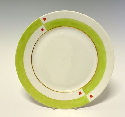 Dinner plate by Nora Gulbrandsen  for Porsgrund Porselen. In production between 1927-1937.