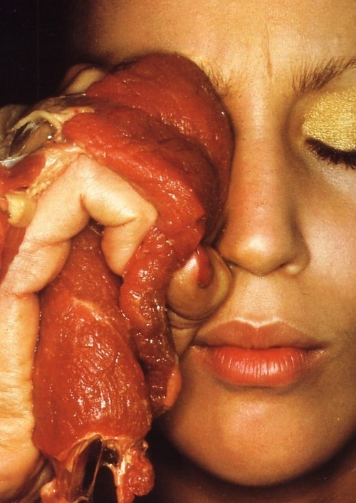 So meaty!    Jerry Hall photographed by Helmut Newton.    1970s.