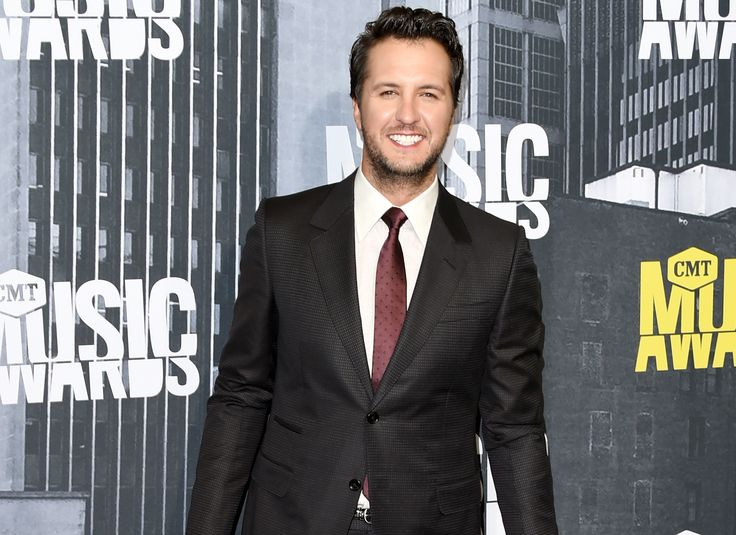 Luke Bryan Reportedly in the Mix for 'American Idol' Judges' Panel