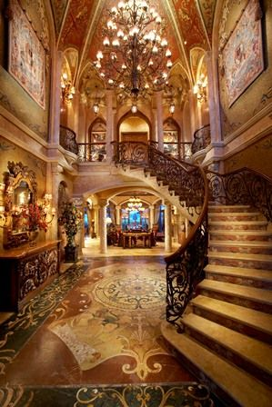 Mediterranean decor - Grand Foyer - Simmons and Saray Interiors -