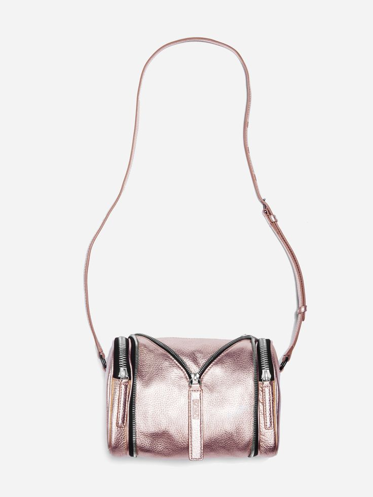 KARA DOUBLE DATE BAG IN ROSE GOLD PEBBLE LEATHER #LEATHERBAG #PEBBLELEATHER #METALLIC http://karastore.com/products/rose-gold-double-date