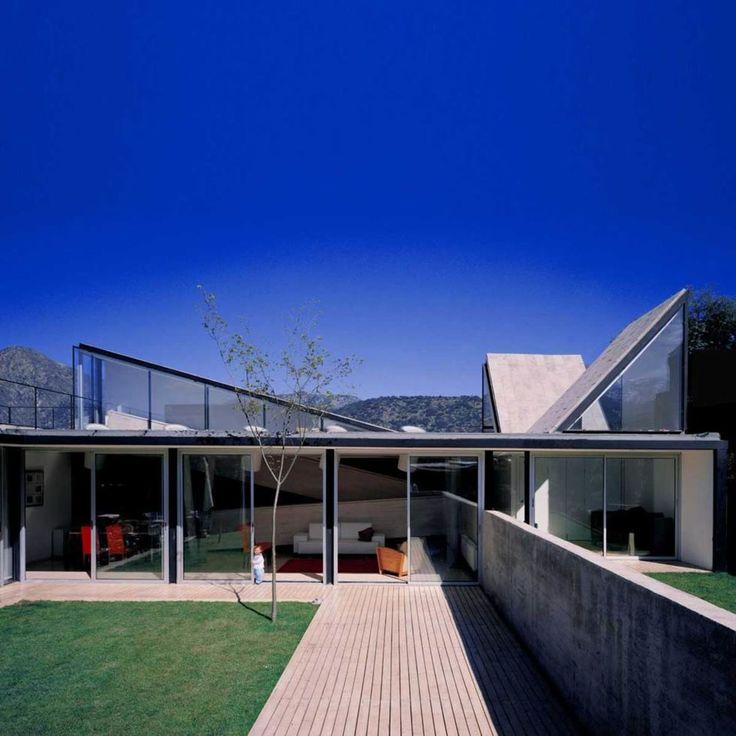 Sebastián Irarrázaval · Pedro Lira House · Divisare