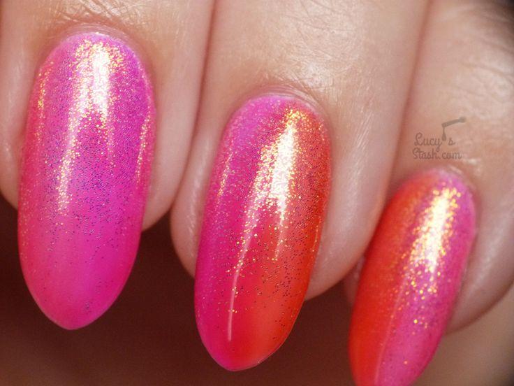 Summer Gradient with Mermaid Effect Glitter | Gel Polish Nail Art
