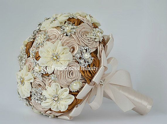 Spilla Bouquet tessuto fiori Bouquet Champagne di LoveBouquet