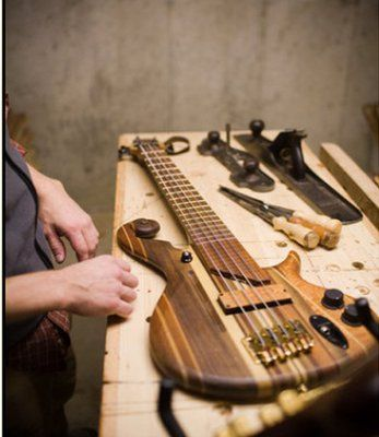 Electric Bass Guitar - put it together