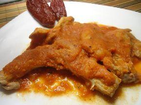 Aprende a preparar chuletas de cerdo en salsa de chipotle con esta rica y fácil receta. Las chuletas en salsa son un platillo muy rico del cual existen muchísimas...