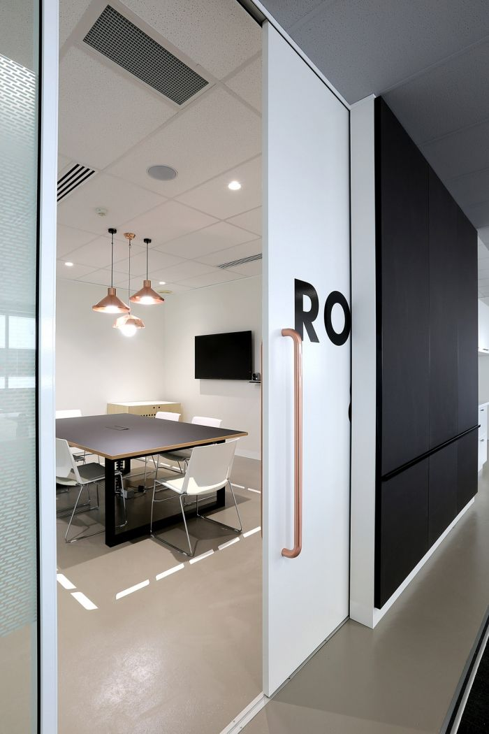 valmont has designed a new office space for pacific brands underwear group which is located in - Modern Office Design Ideas