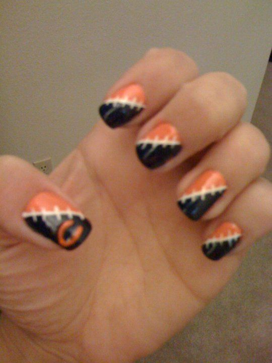 Chicago Bears nails???  YES PLEASE!!!  TOO COOL!