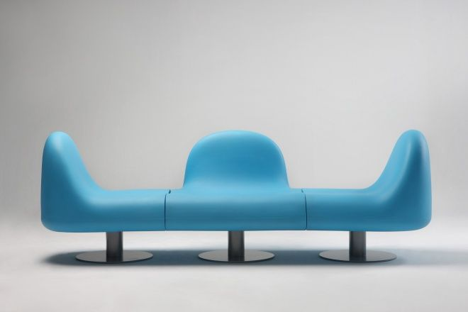 Fitt Seating by Karim Rashid for Yekun, Korea. A modular system to create several seatings or a bench for indoor and outdoor. www.karimrashid.com
