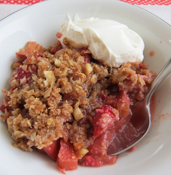 Strawberry rhubarb crisp, inspired by the recipe in Animal Vegetable ...