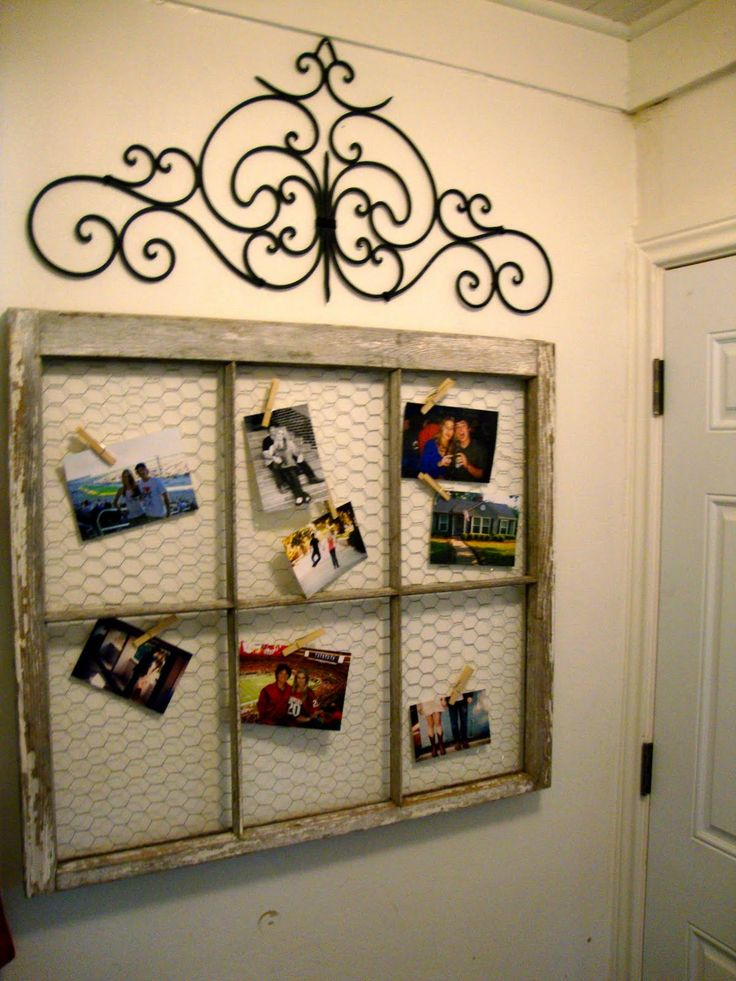 Window Frame turned picture frame with Chicken Wire....Now where to put it?  River House or In-town House.  I do have 2 more frames..so maybe I don't have to decide!
