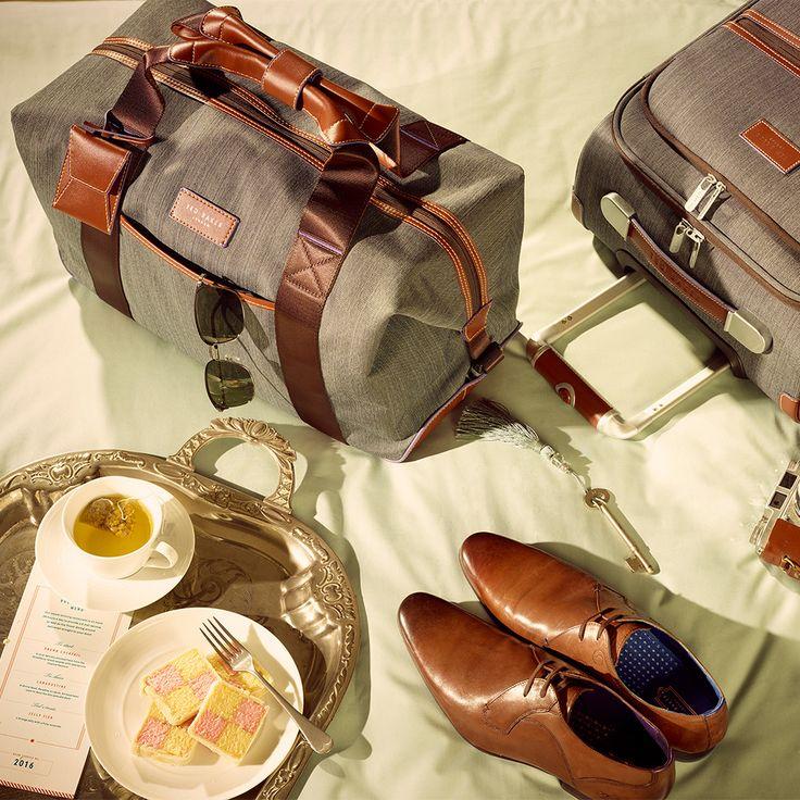 Destination-Travel — Falconwood 4 Wheel Suitcase     Clipper Holdall