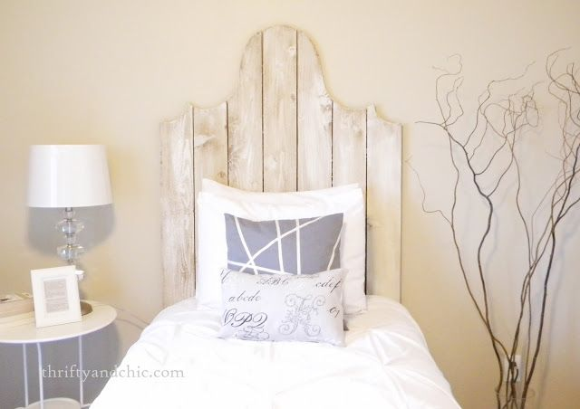 Diy Wood Headboard With A Little Curve Upcycling Ideas