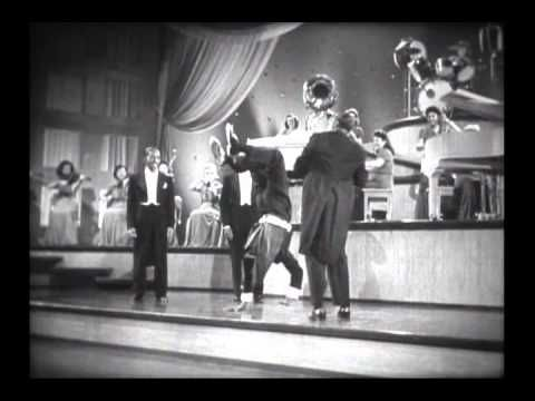 Donald O'Connor - When Johnny Comes Marching Home (1942)