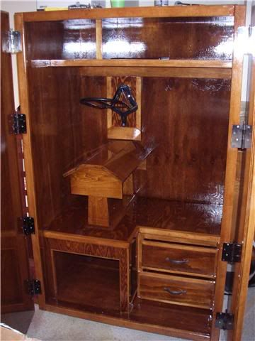 Awesome tack box