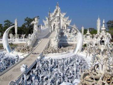 Most reinkarnace - Smrt a Ráhu - Wat Rong Khun - Thajsko