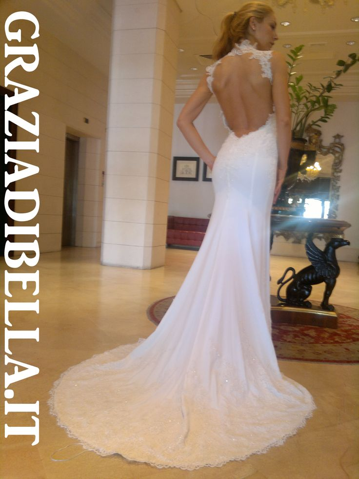 #graziadibella #beautiful #love #amore #lifestyle #matrimonio #luxury #hairdresser #weddingitaly #fashion #fiori #sposa #bridal #weddingdress #abitidasposa #bridaldress #moda #sposo #accessori #cerimonia #atelier  #bride #sicily #italy #gown #dream #girl #amazing #instamood