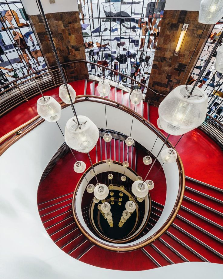 All was on the lookup for a great lookdown  go see @mr_babdellahn for his view of this lovely RED staircase  ##AA_DSBinterrail #DSBinterrail #dsb http://ift.tt/2nSfC9u