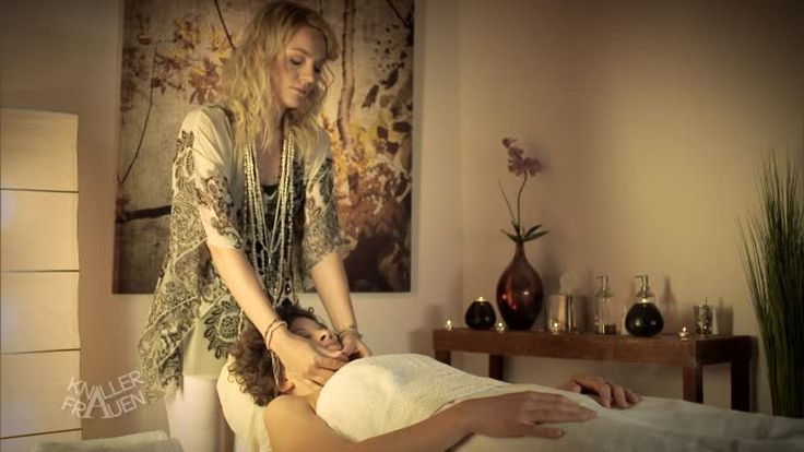 Knallerfrauen - Video - Massage mal anders - Sat.1