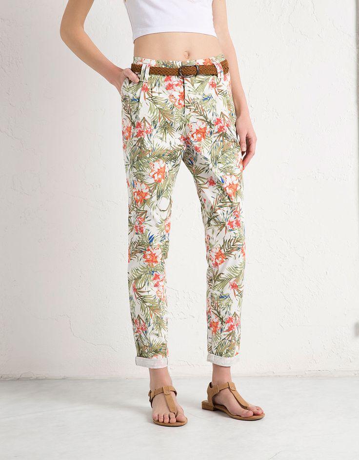 Pantalone BSK tipo chinos a stampa floreale - Pantaloni - Bershka Italy