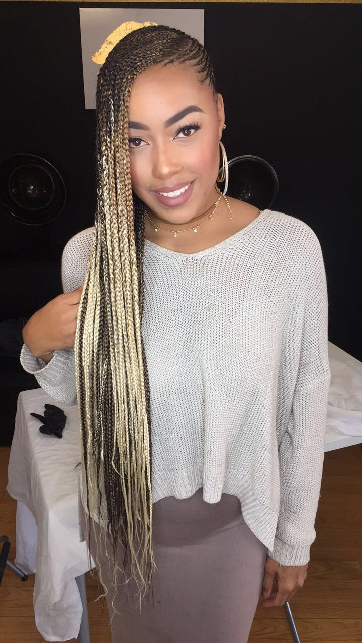 Omygosh love her hair!! Love the style love the color