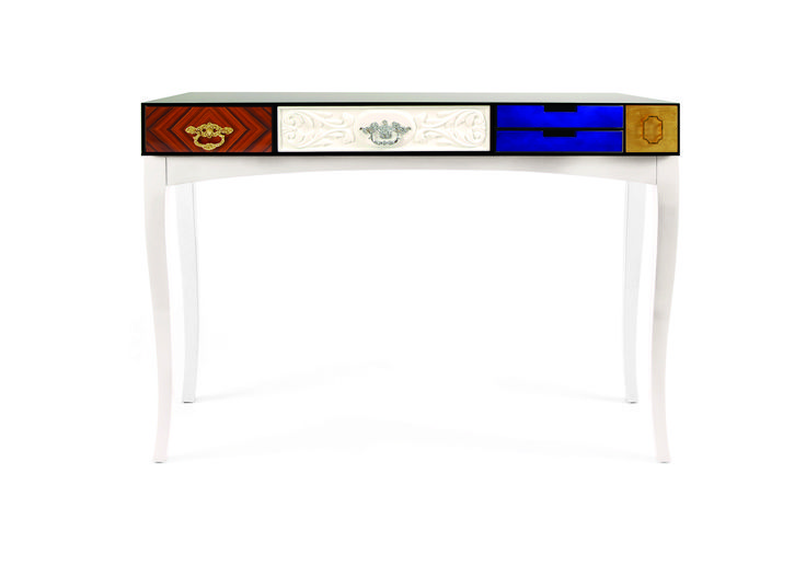 Soho Console Table By Boca do Lobo   www.bocadolobo.com #bocadolobo #luxuryfurniture #luxurydesign #bespoke #furnituredesign #readytoship #consoletable