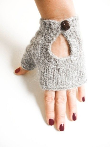 So cute!  hand knit mittens DRIVER angora with crochet by ovejanegra on Etsy