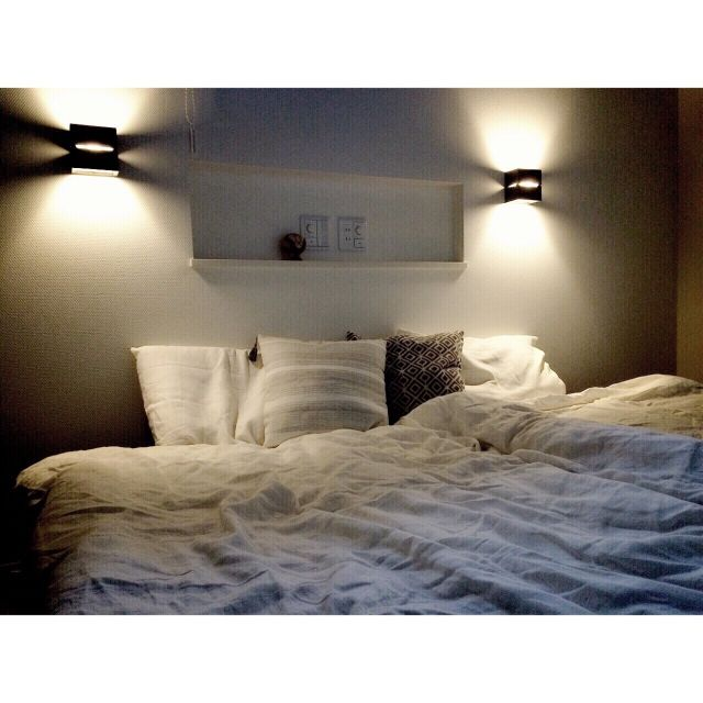 sea_green_skyさんの、ニトリ,シンプル 白,シンプルナチュラル,シンプルモダン,ベッドルーム,ベッドリネン,リネン,間接照明,ニッチ,ベッド周り,のお部屋写真