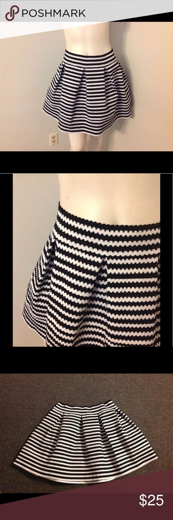 Express Black White Stripe Full Circle Skirt L Cute Express Skirt - black and white stripe. Fabric is stretchy. Marked size Large. I bought this but never wore it. Express Skirts