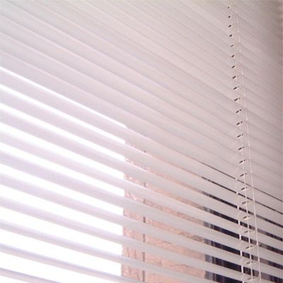 Window Blinds -- Put in bathtub, fill with clorox & hot water, put blinds in & pull them out a few times.  Hang back up to drip dry (with a white towel below to catch drips).  Once dry run over with dryer sheet to repel dust