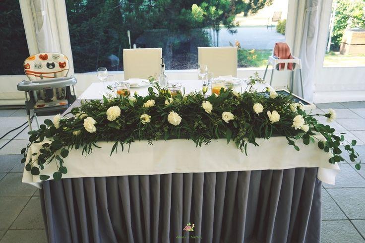 Dekoracja na stół Pary Młodej. #wedding #flowers #rustic #decoration #2016 #table #white #green