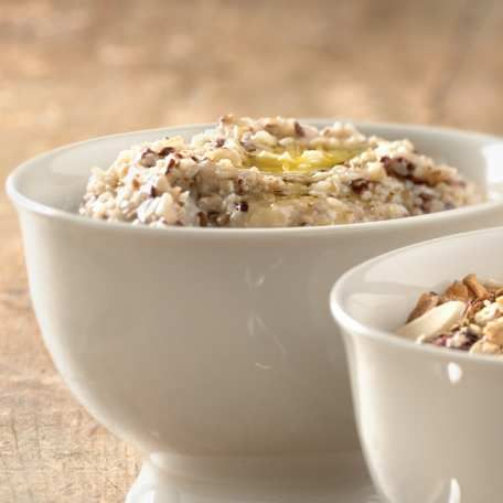 Pompanoosuc Porridge Mix – A Tasty hot cereal made with steel-cut oats, white whole wheat bulgur, and good-for-you flax.