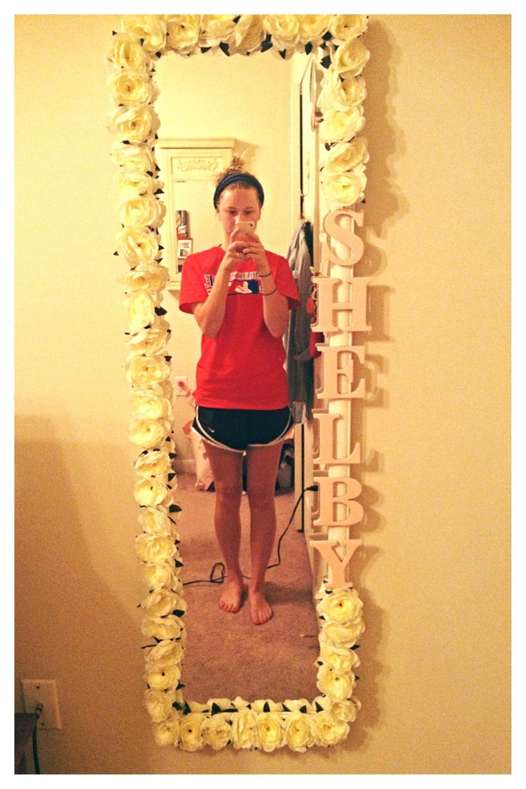 Want to get a mirror similar and do this for Salene!!! Maybe ill get a small mirror and do flowers and her initials.