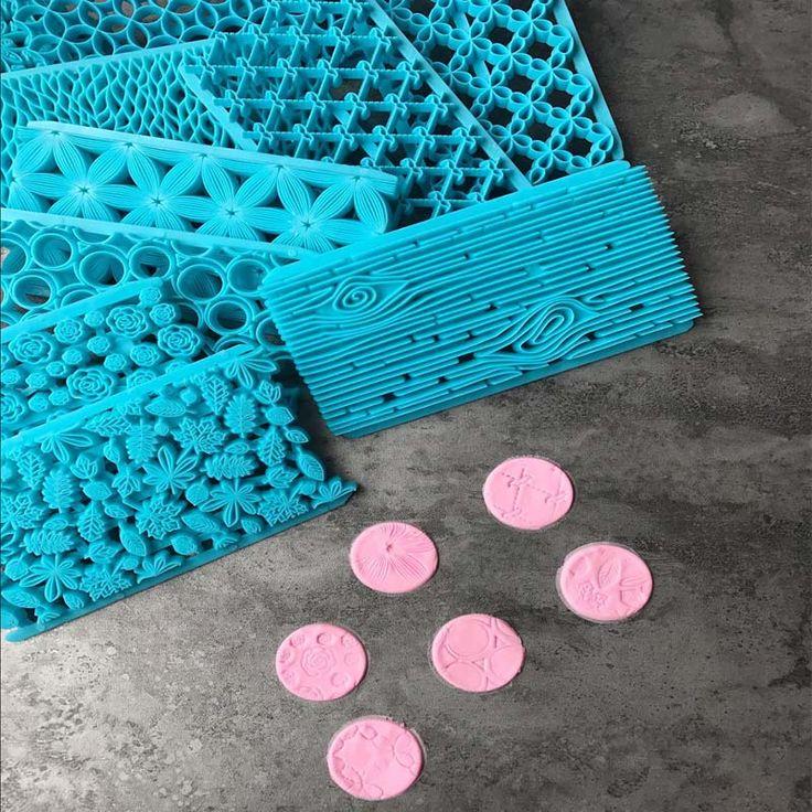 1 шт. 17 стиль новый дизайн фондант embosser mold plastic flower cookie печенье фрезы тесто для выпечки торт украшение инструменты dropsh купить на AliExpress
