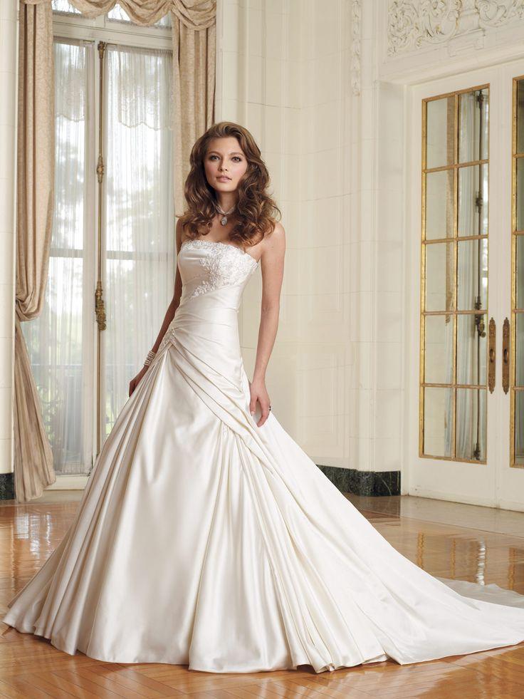 23 best Wedding Dresses images on Pinterest | Wedding frocks, Short ...