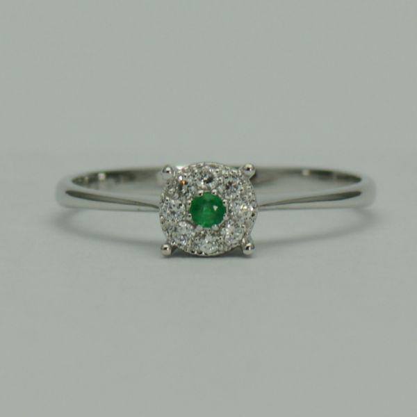Inel aur alb 18k cu smarald si diamante