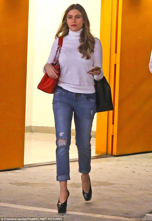 She's got style: Sofia Vergara stepped out in Beverly Hills on Thursday for some shopping fun while wearing a casual chic outfit