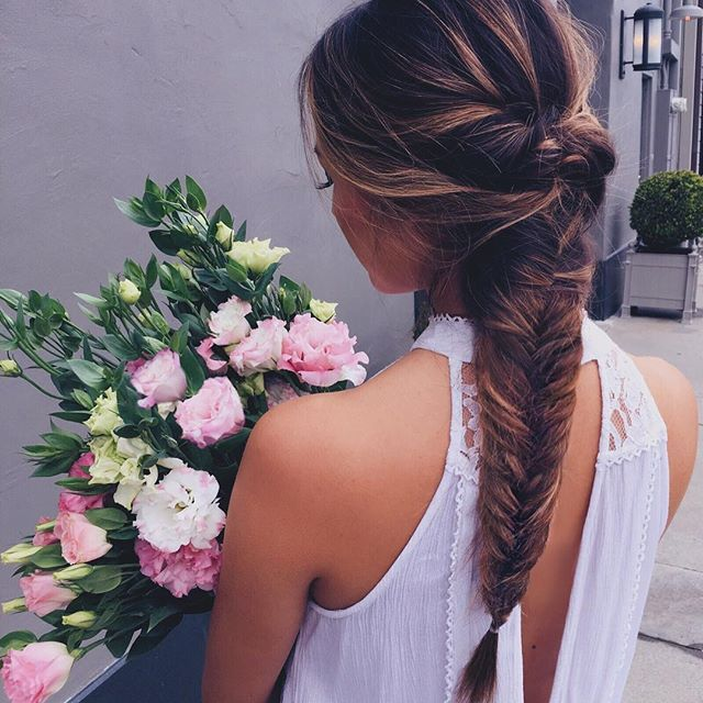 Braids and blooms 💕 #hairstyle #balayage #braid #fishtail