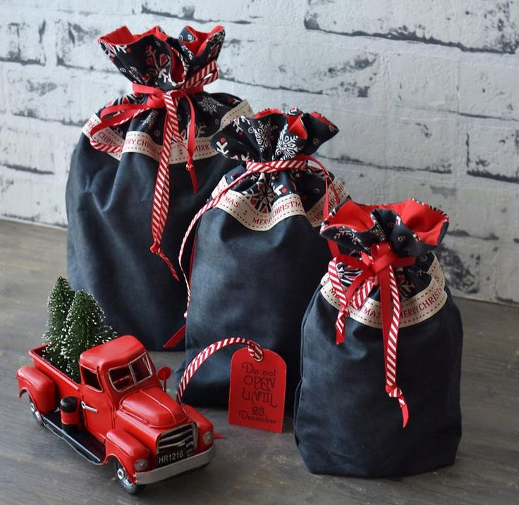 Christmas gift bags chalkboard christmas drawstring