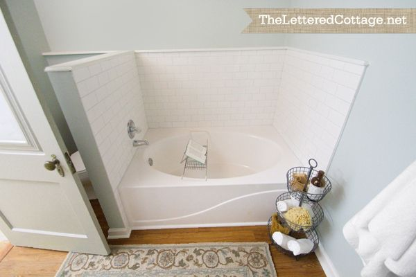17 best images about windowless bathroom on pinterest mosaic tiles sacks and white ceramics. Black Bedroom Furniture Sets. Home Design Ideas