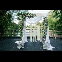 Уютная свадьба на крыше для Анастасии и Константина