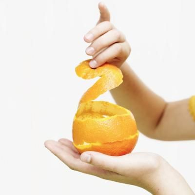 Cómo hacer aceite de naranja de las cáscaras de naranja | eHow en Español