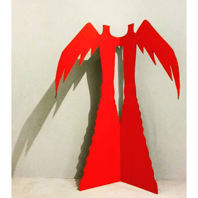 El KAZOVSZKIJ : (red angels) #budapest #exhibition #fineart #kunstausstellung #elkazovszkij #installation #sculpture #angel #shadow #hungarianartist #newart #russianartist #hungarianart #contenporaryart #artcontemporain #artecontemporanea #red #ig_artistry #woodensculpture #ig_budapest #ig_magyarorszag. #avantgarde #ilovebudapest #artlovers #artisty #womanartist #wings #museumlover