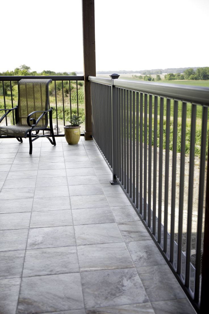 Do It Yourself Home Design: Durable And Stylish Aluminum Deck Railing