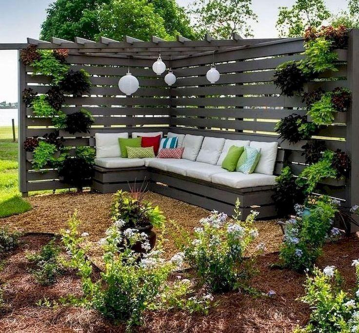 80+ Inspiring Cheap Backyard Privacy Fence Design Ideas